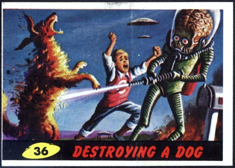 1962 Mars Attack #36 Destroying a Dog